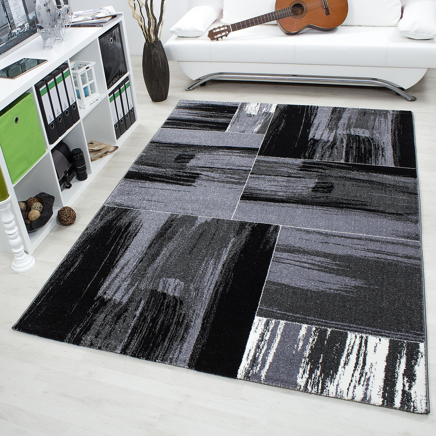 tapis vintage gris pour salon crystal. Black Bedroom Furniture Sets. Home Design Ideas