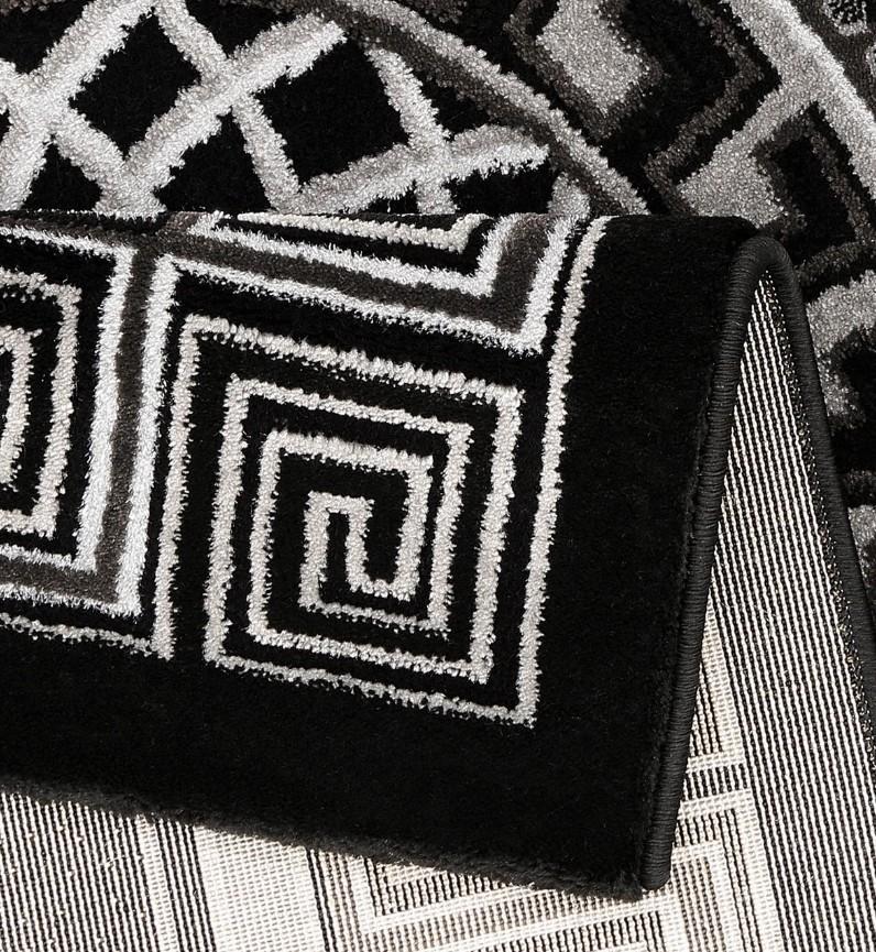 tapis noir et blanc tapis shaggy pile longue carreaux noir blanc gris x tapis toile noir blanc. Black Bedroom Furniture Sets. Home Design Ideas