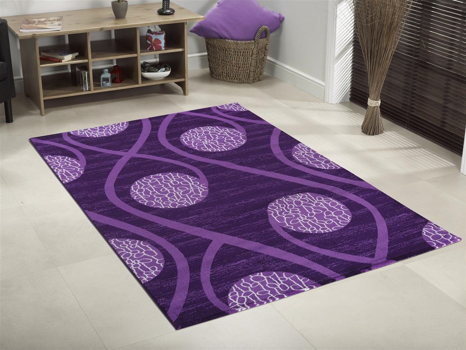 best tapis salon violet photos awesome interior home. Black Bedroom Furniture Sets. Home Design Ideas