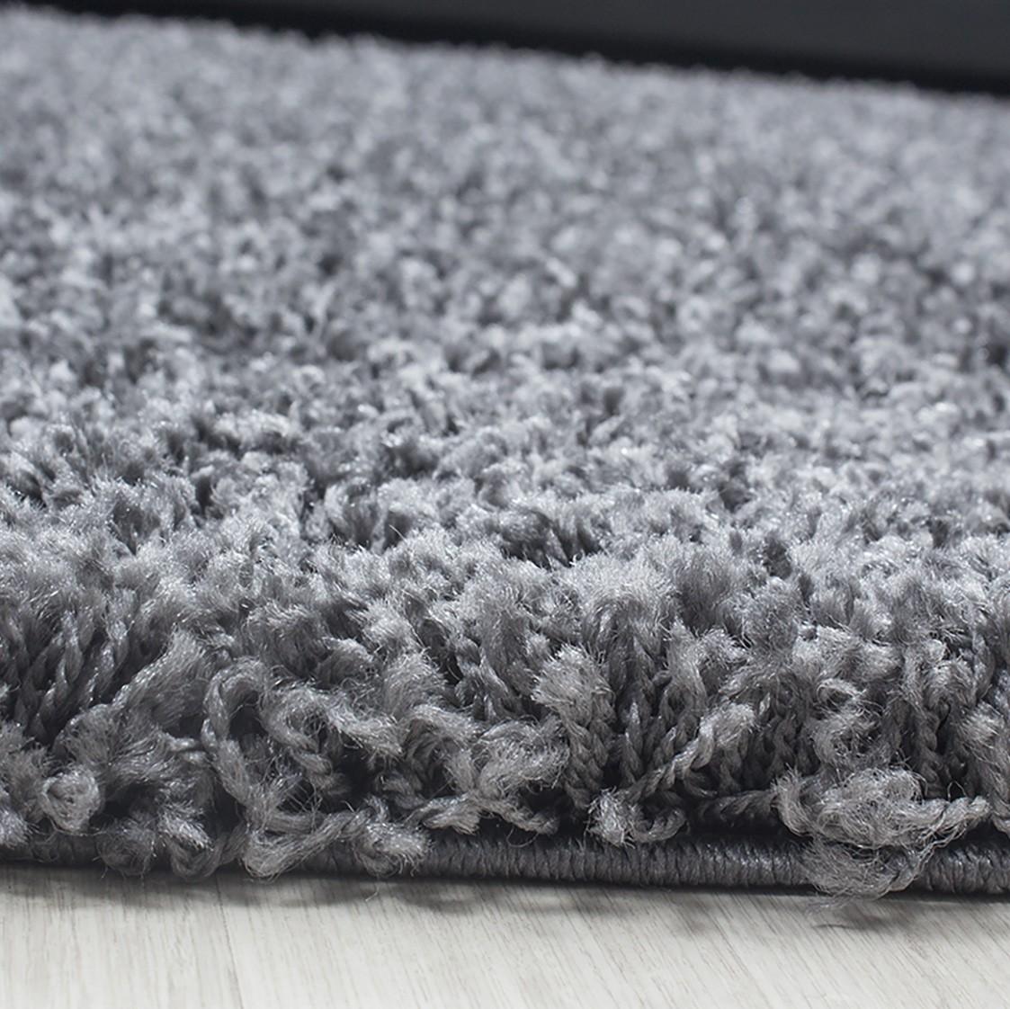 tapis shaggy gris moderne tapis design uni en. Black Bedroom Furniture Sets. Home Design Ideas