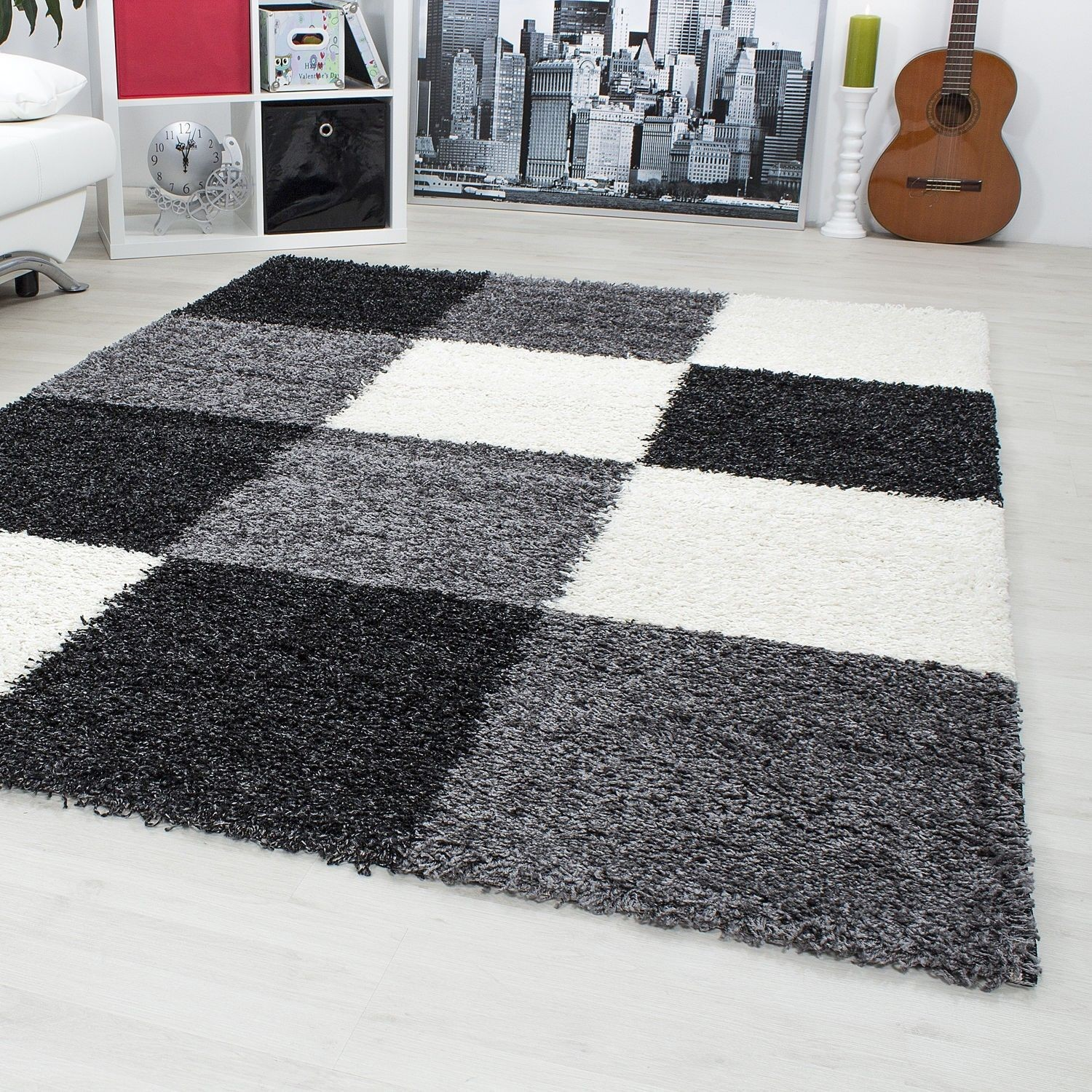 tapis shaggy longues m ches noir blanc gris hautes. Black Bedroom Furniture Sets. Home Design Ideas