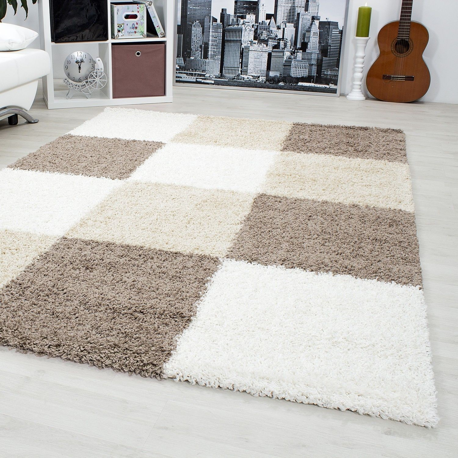 tapis shaggy longues m ches brun beige cream hautes carreaux pas cher. Black Bedroom Furniture Sets. Home Design Ideas