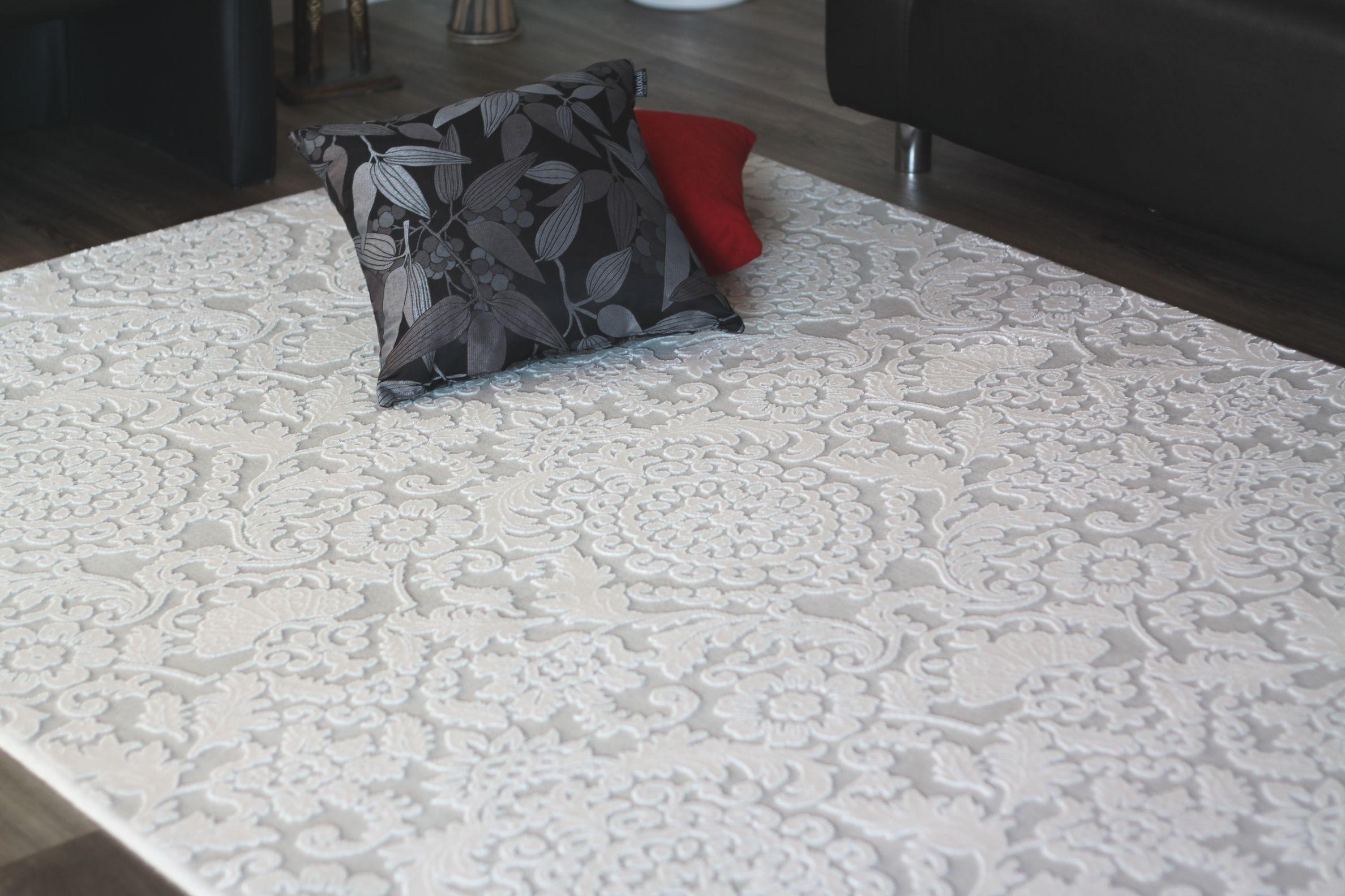tapis acrylique style baroque avec cr me prada 3. Black Bedroom Furniture Sets. Home Design Ideas