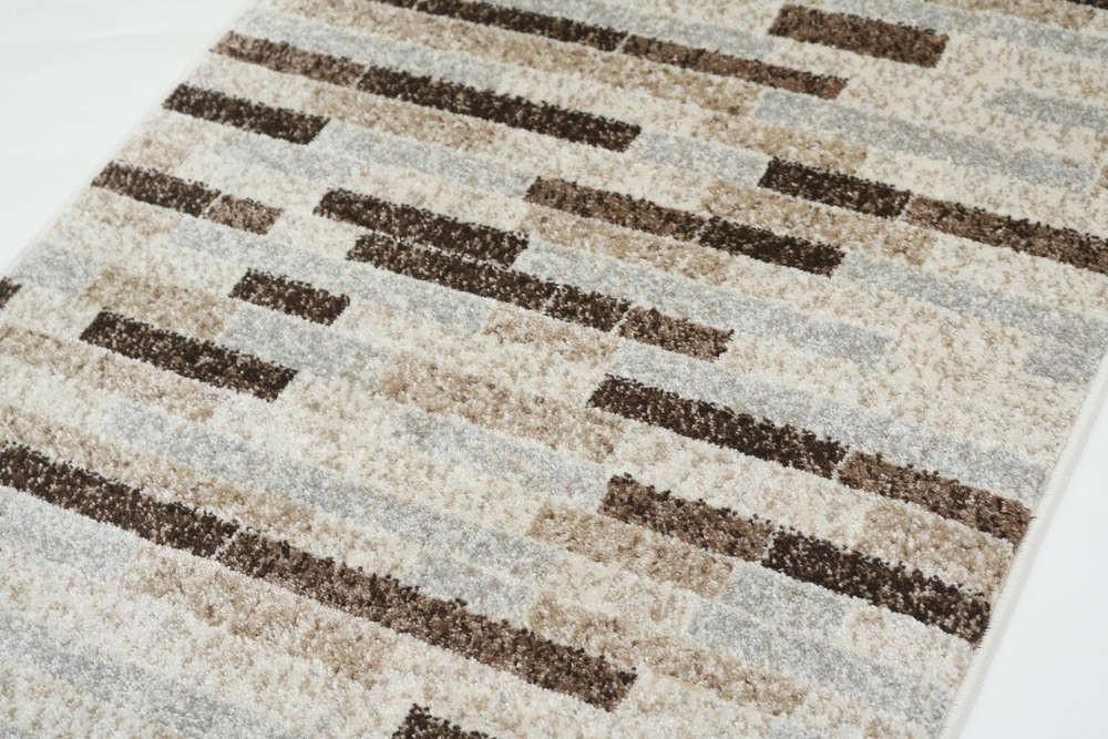 Wundersch nen tapis gris poil ras l 39 id e d 39 un tapis de bain for Tapis gris clair poil court