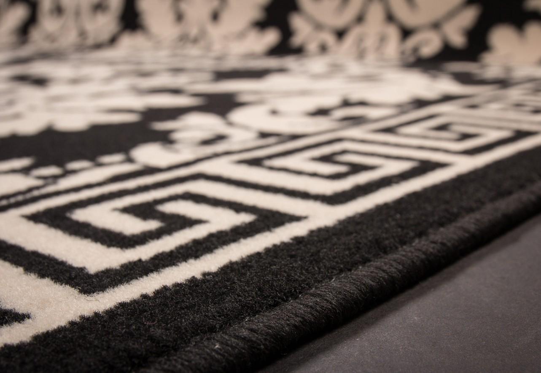 Tapis gris blanc noir maison design for Salon noir blanc gris