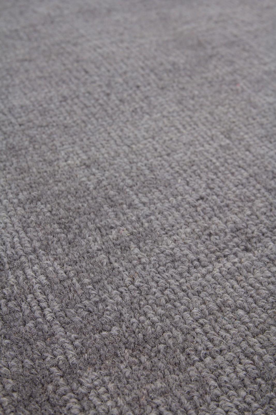 Tapis 100% laine fait à la main naturel coloris gris casual