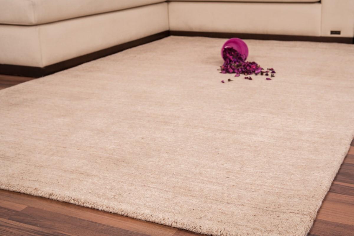 tapis fait main 100 laine coloris beige diva. Black Bedroom Furniture Sets. Home Design Ideas