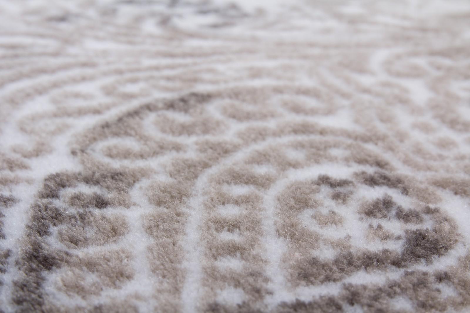 Tapis gris violet affordable tapis salon gris violet u for Tapis de cuisine rose et gris