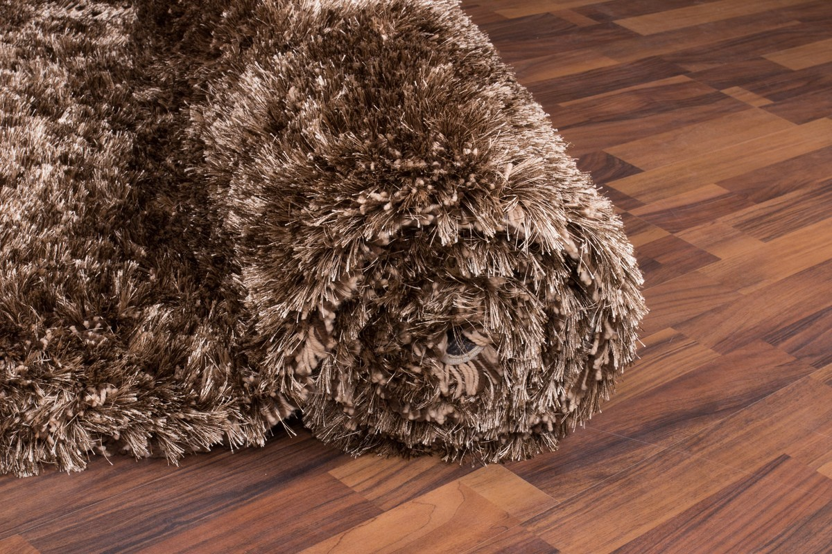 tapis shaggy fait main coloris marron malibu. Black Bedroom Furniture Sets. Home Design Ideas
