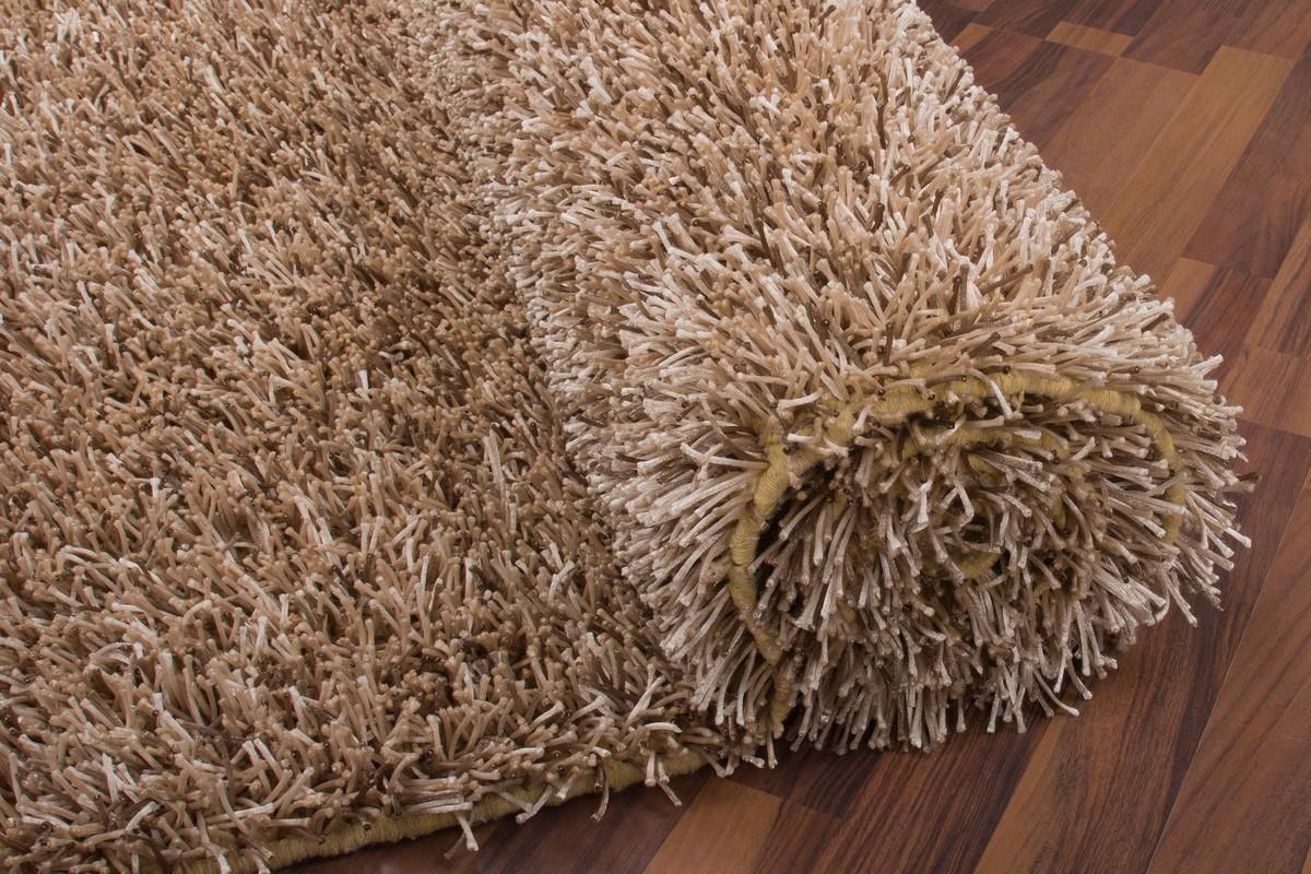 tapis shaggy tiss la main coloris brun clair design. Black Bedroom Furniture Sets. Home Design Ideas